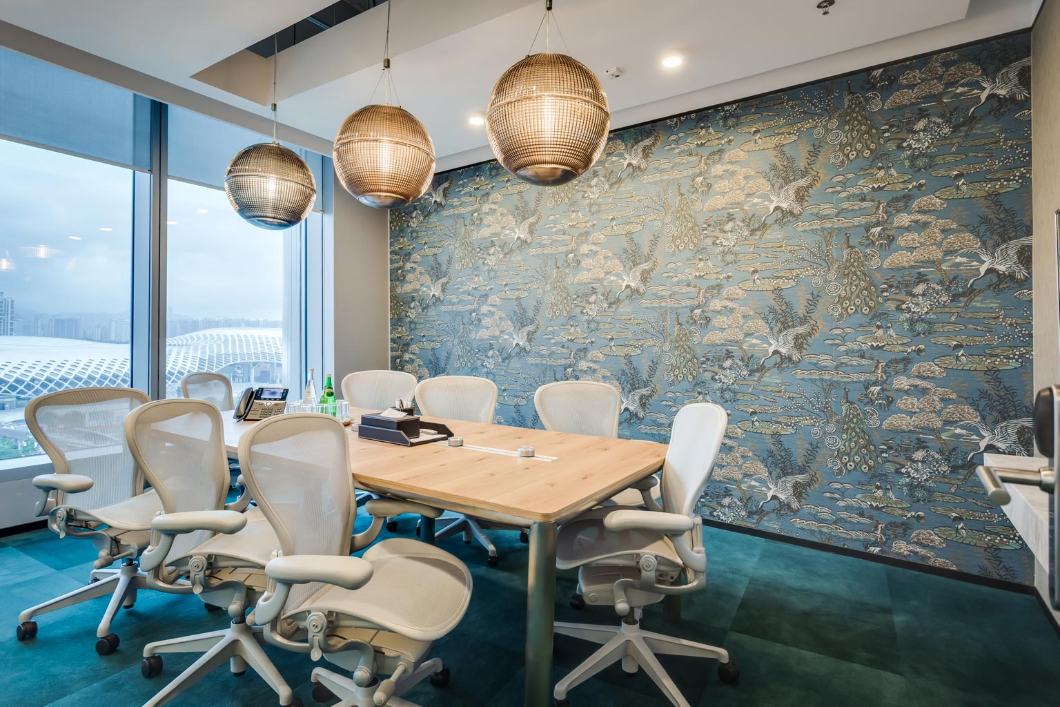 Hire A Premium Meeting Room For Success