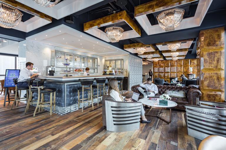 租用位于香港中心商业区的共享工作空间